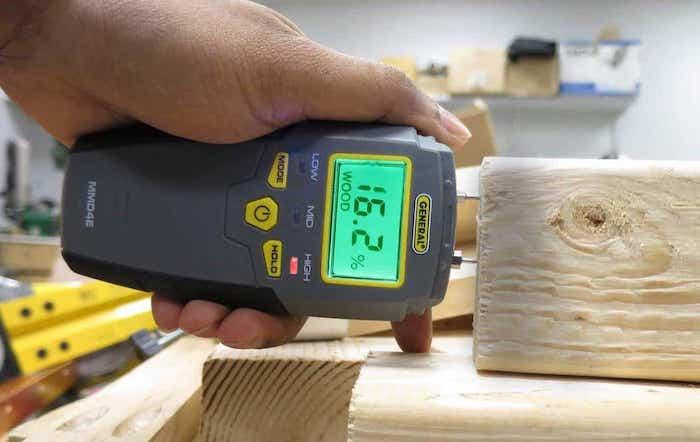 choosing a moisture meter